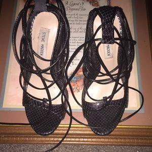 Black Steve Madden snake skin heels